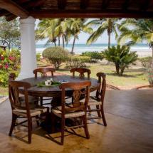 la-laguna-garden-beach-view.jpg